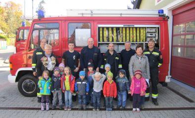 Die FF besucht den Kindergarten Maria Gugging - Ort